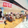 """คนไทยเทคะแนนโหวต """"Uniqlo"""" ขึ้นอันดับ 1 แบรนด์แฟชั่นรีเทลที่ผู้บริโภคไทยชื่นชอบมากที่สุด"""