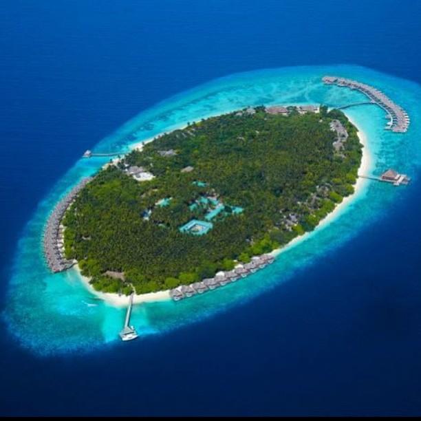 Dusit International_Maldives (Fb. Dusit Thani Maldives)