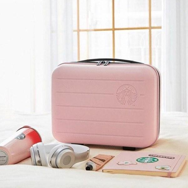 starbucks-korea-luggage
