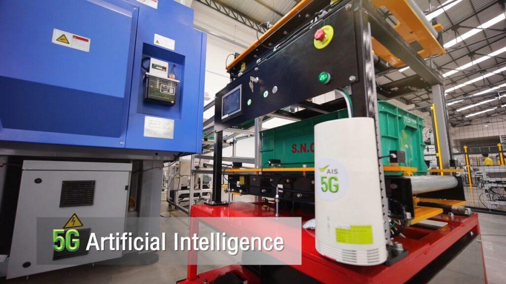 การควบคุมและสั่งการรถ AGV ภายในโรงงาน
