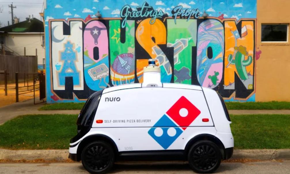domino pizza nuro r2 self driving car delivery
