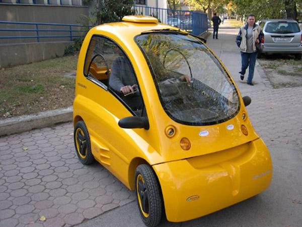 Kenguru-Electric-Car-Vehicle-EV-Wheelchair-3