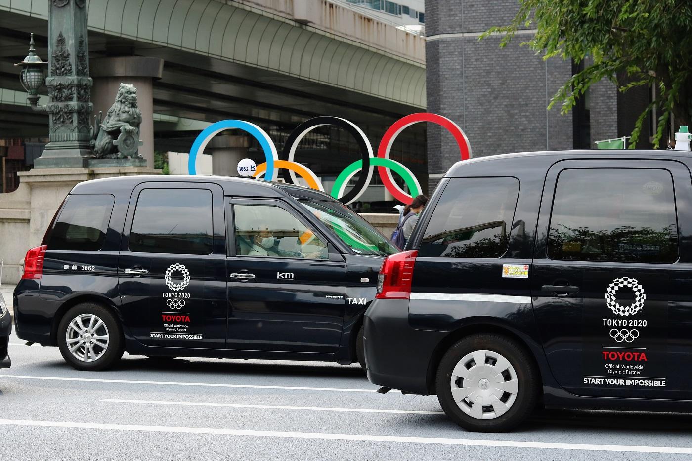 shutterstock_toyota taxi olympic โอลิมปิก