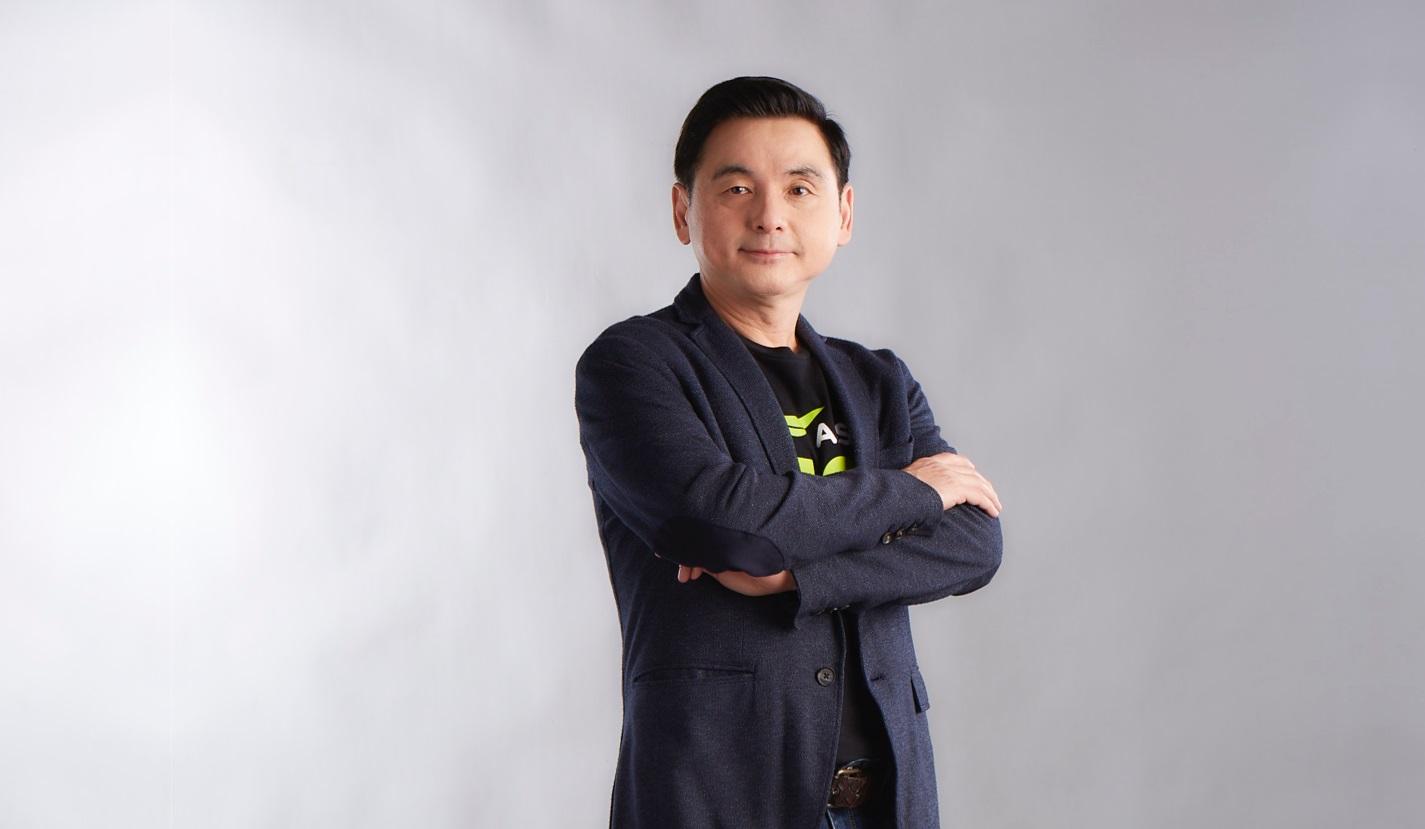 Pic สมชัย เลิศสุทธิวงค์ ประธานเจ้าหน้าที่บริหาร AIS