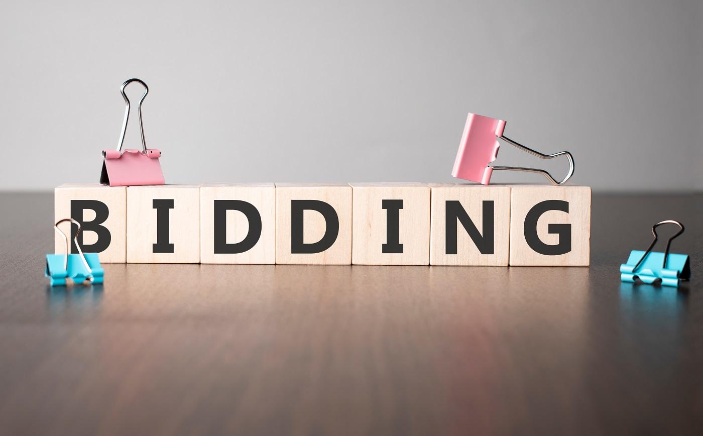 shutterstock_bidding ประมูล