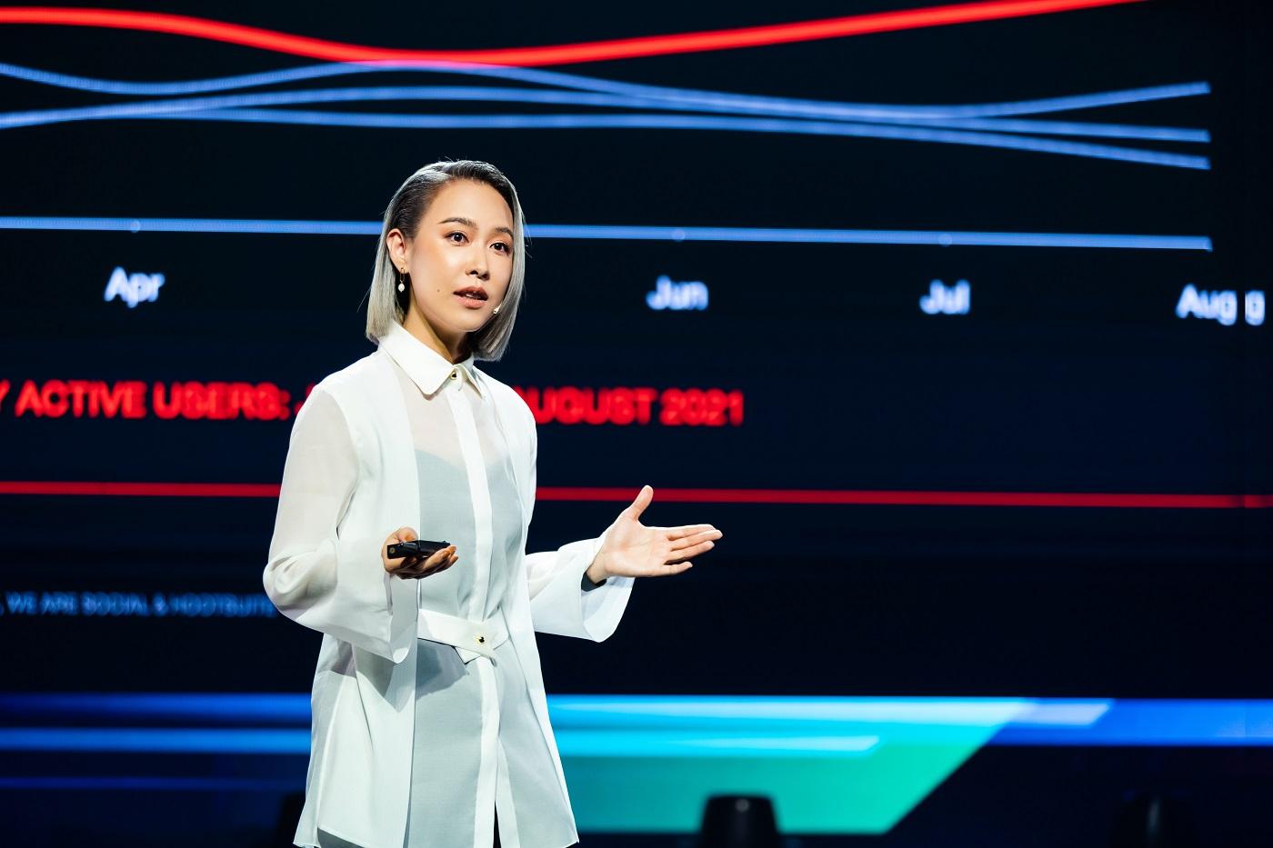 คุณกนกพร ปรัชญาเศรษฐ ประธานเจ้าหน้าที่ฝ่ายการตลาด และการขาย และผู้จัดการ WeTV ประจำประเทศไทย บริษัท เทนเซ็นต์ (ประเทศไทย)